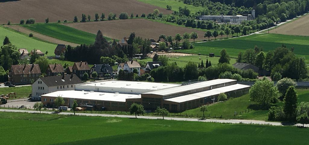 Gebäudekomplex von Maschinenbau Bullach